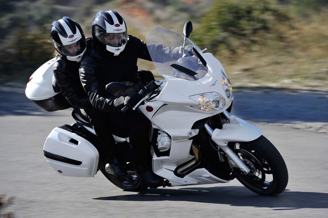 2013-MotoGuzzi-Norge1200GT8VABS2