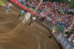 Brevnovsky stadion Marketa naplneny fanousky po okraj vytvoril fantastickou atmosferu