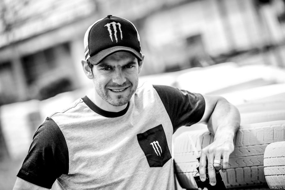 Crutchlow_MotoGP_2016_Portrait_Milagro_30