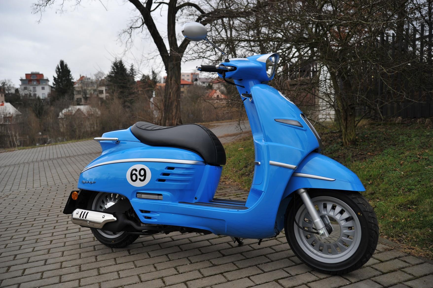Test Zadna Divocina Peugeot Django 125 Casopis Motorbike