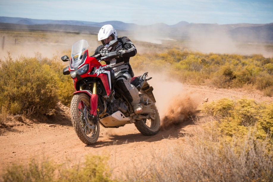 Honda-CRF1000L-AfricaTwin-YM16-1415