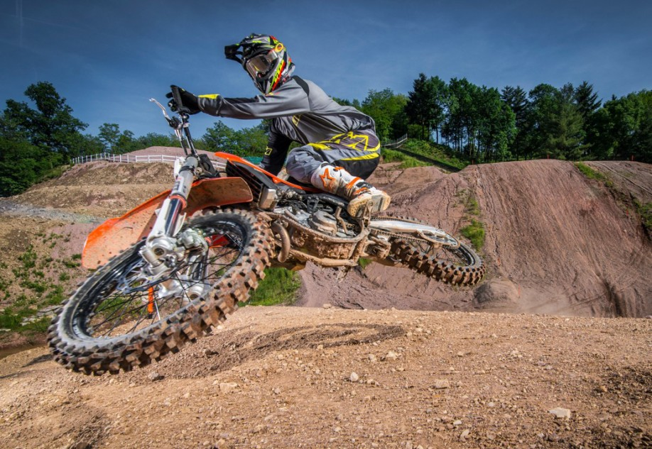 KTM 450 SX-F MY16_Action(1)