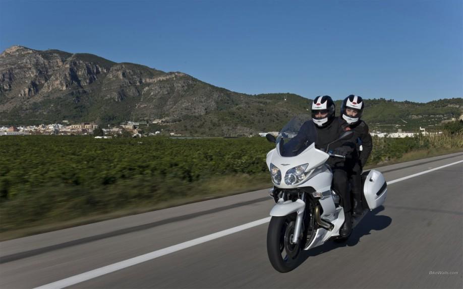 Moto_Guzzi_Norge_GT8V_2011_24_1920x1200