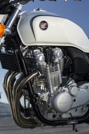 Honda CB1100_00064