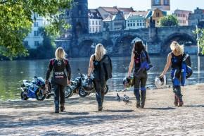Lady Bikers Prague (46)